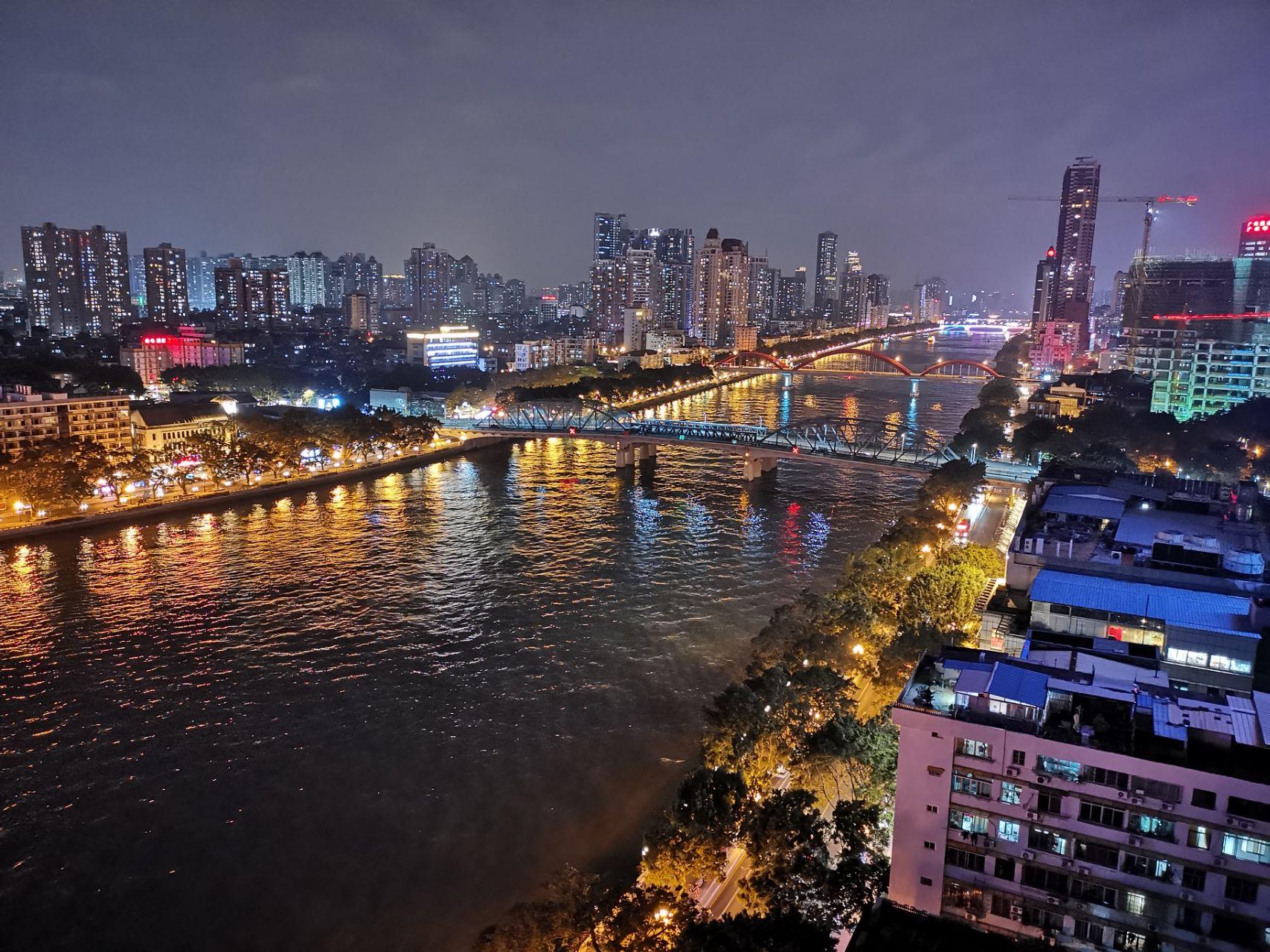 mate20pro夜景图片