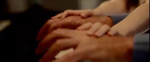 双手.jpg
