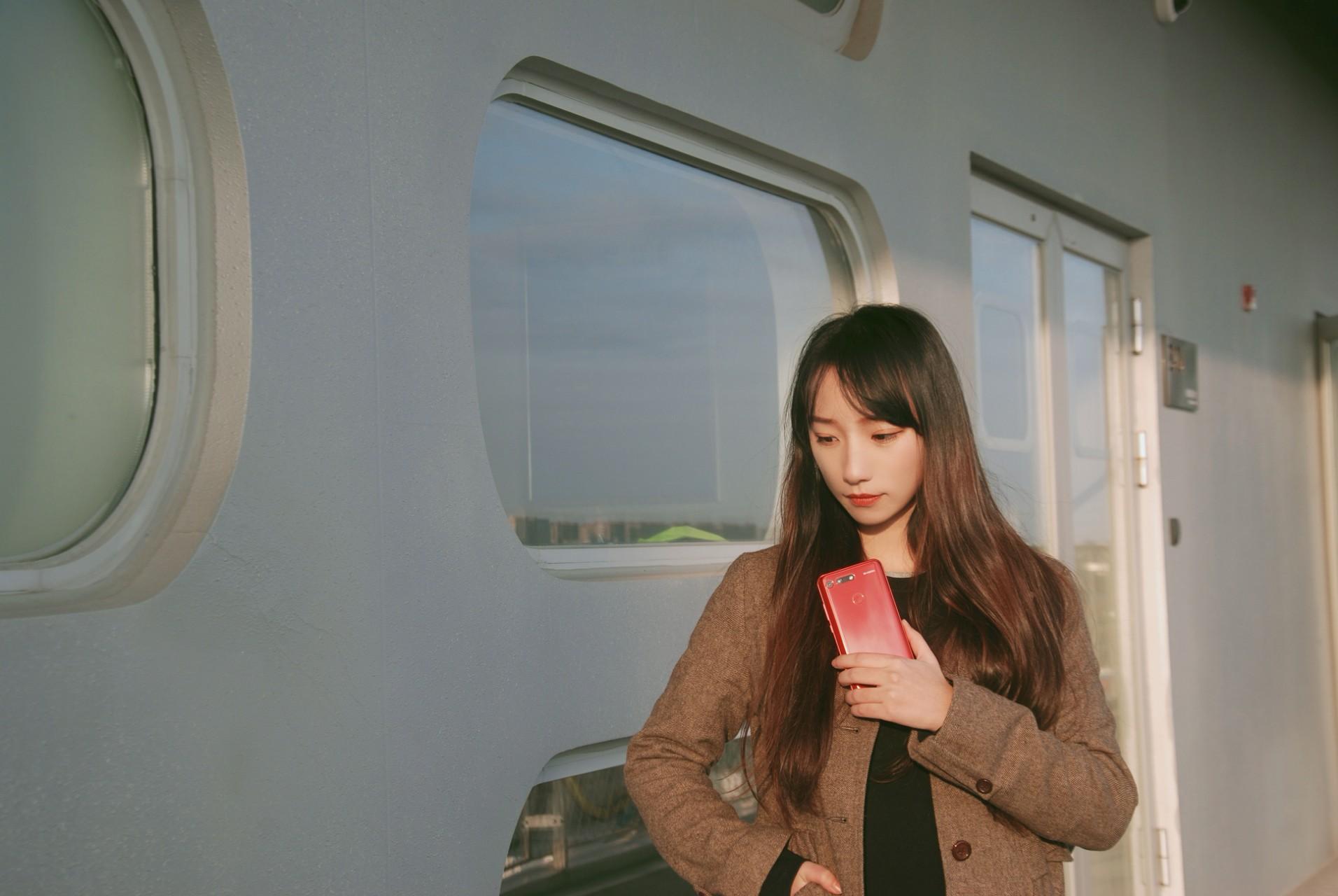 荣耀v20 黑科技 见所未见!.jpg