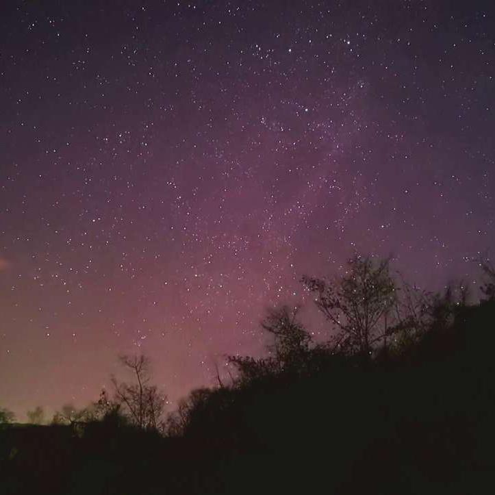 """开脑洞!用华为Mate30 Pro慢镜头实景拍摄星空,看一次""""流星雨""""?,花粉随手拍-花粉俱乐部"""