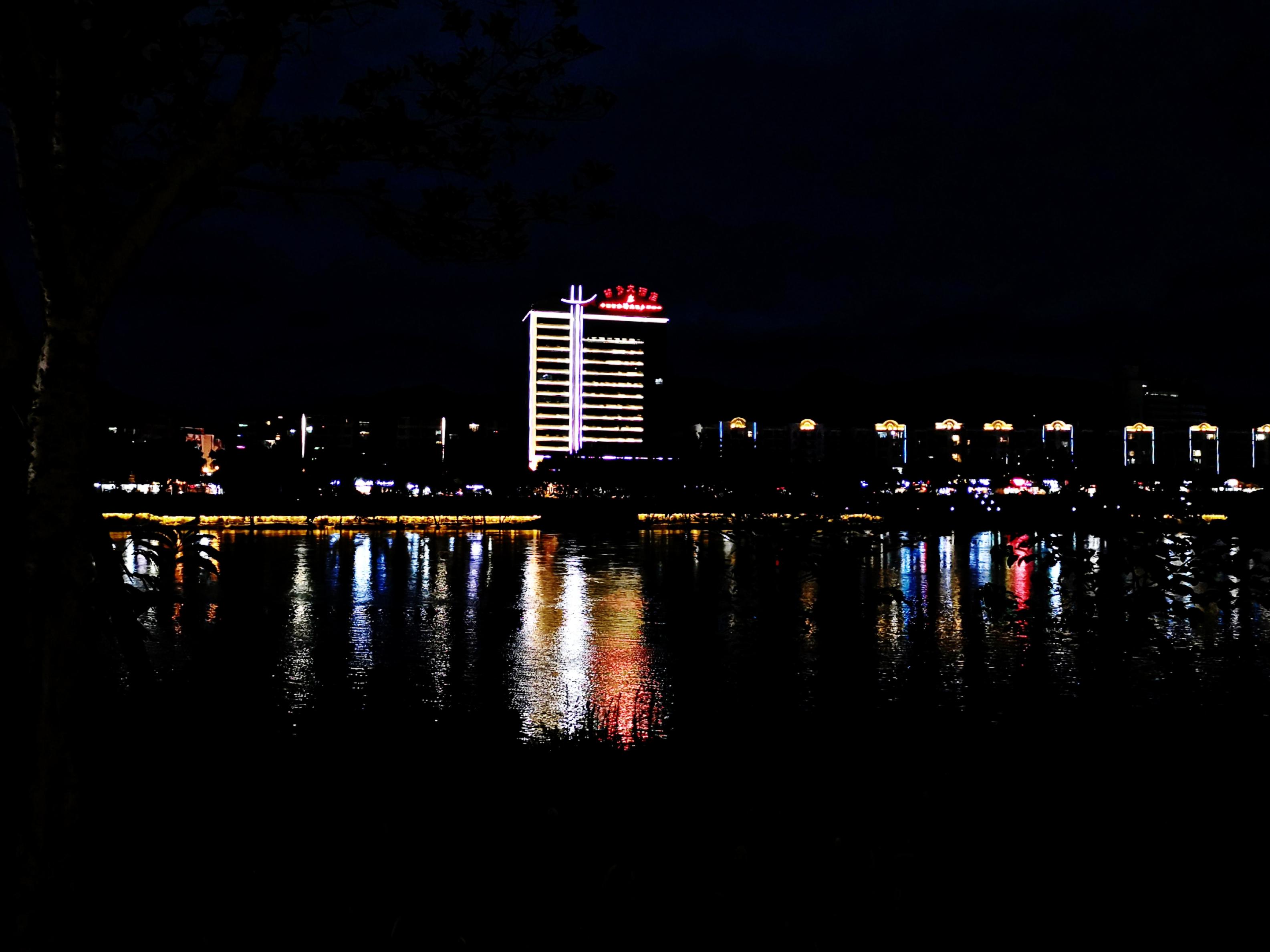 PicsArt_08-15-01.45.38_mix01.jpg