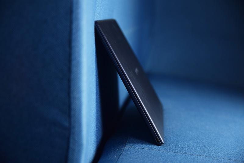A4纸尺寸装进3K屏,双指就能拿,华为MateBook X评测,MateBook X-花粉俱乐部