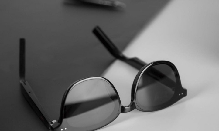 华为EyewearII智能眼镜体验:科技碰撞时尚,它能做什么?,HUAWEI-GENTLE MONSTER智能眼镜-花粉俱乐部