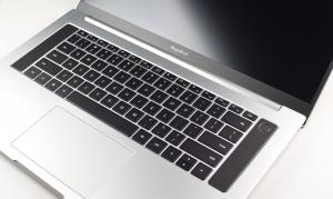 荣耀MagicBook Pro上手:16寸超轻薄,无界全面屏要你好看,MagicBook Pro-花粉俱乐部