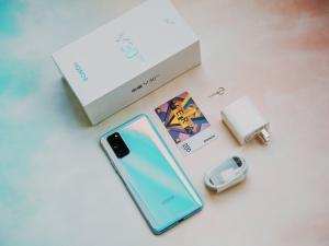 【荣耀v30pro开箱】5G时代的拍照旗舰,花粉随手拍-花粉俱乐部