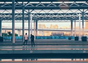 火车站众生相,花粉随手拍-花粉俱乐部