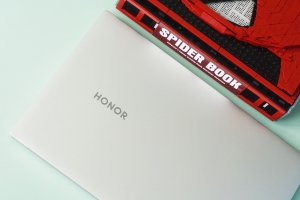 """【荣耀少年】""""十""""代先机,揭开荣耀MagicBook Pro轻薄外观下的强悍性能,MagicBook Pro-花粉俱乐部"""