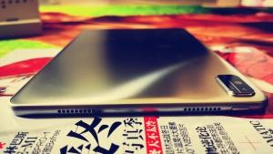 【大方评测】高颜值-实力派·荣耀平板V6钛空银上手评测,荣耀平板V6-花粉俱乐部
