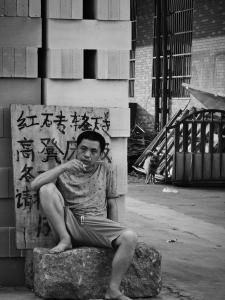 【华为P40pro】黑白扫街摄影作品,花粉随手拍-花粉俱乐部