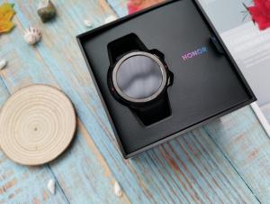 年轻运动化,专为年轻群体打造的智能手表——荣耀手表GS Pro,荣耀手表 GS Pro-花粉俱乐部