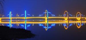 沂水河边的美丽夜景,花粉随手拍-花粉俱乐部