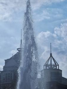 《为高楼洗澡》,花粉随手拍-花粉俱乐部