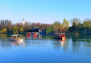 初春,瘦西湖的游船,随手拍-花粉俱乐部