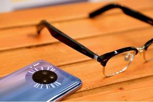 炫酷的交互时尚,华为GENTLE MONSTER智能眼镜评测,HUAWEI-GENTLE MONSTER智能眼镜-花粉俱乐部
