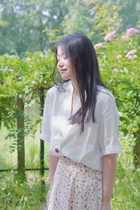 【花粉女生】不可抵抗的温柔风,白衬衫申请出战!,花粉随手拍-花粉俱乐部