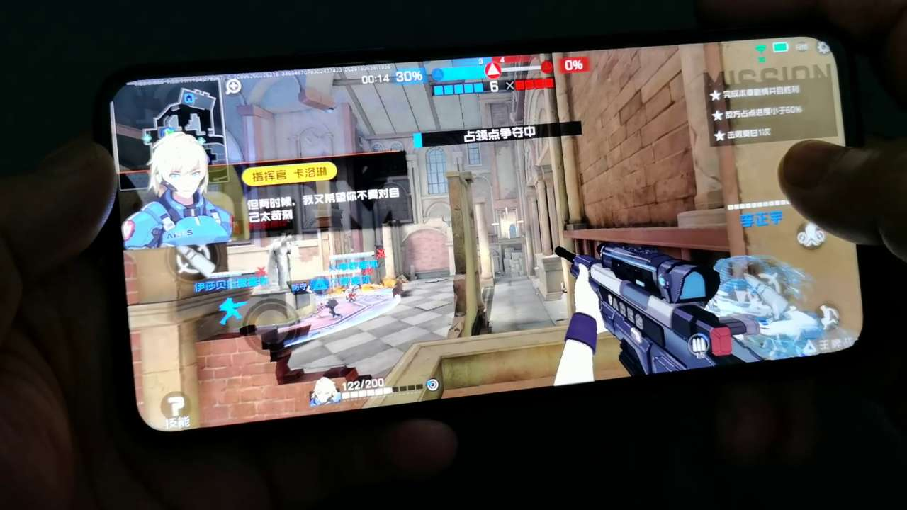王牌战士这款游戏挺考验手机屏幕的刷新率,那就试试荣耀x10吧,荣耀X10-花粉俱乐部
